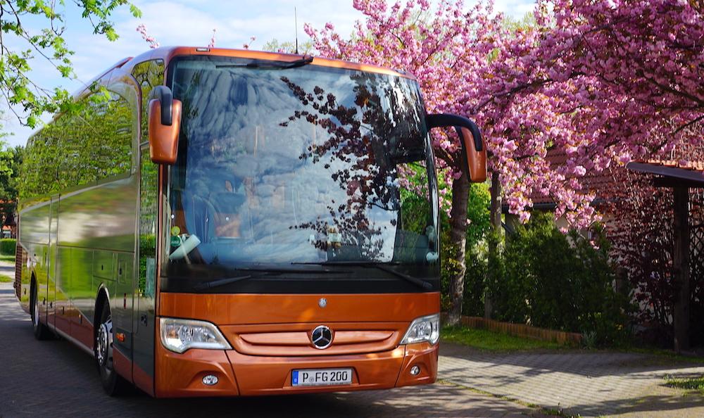 berlin bus rental services